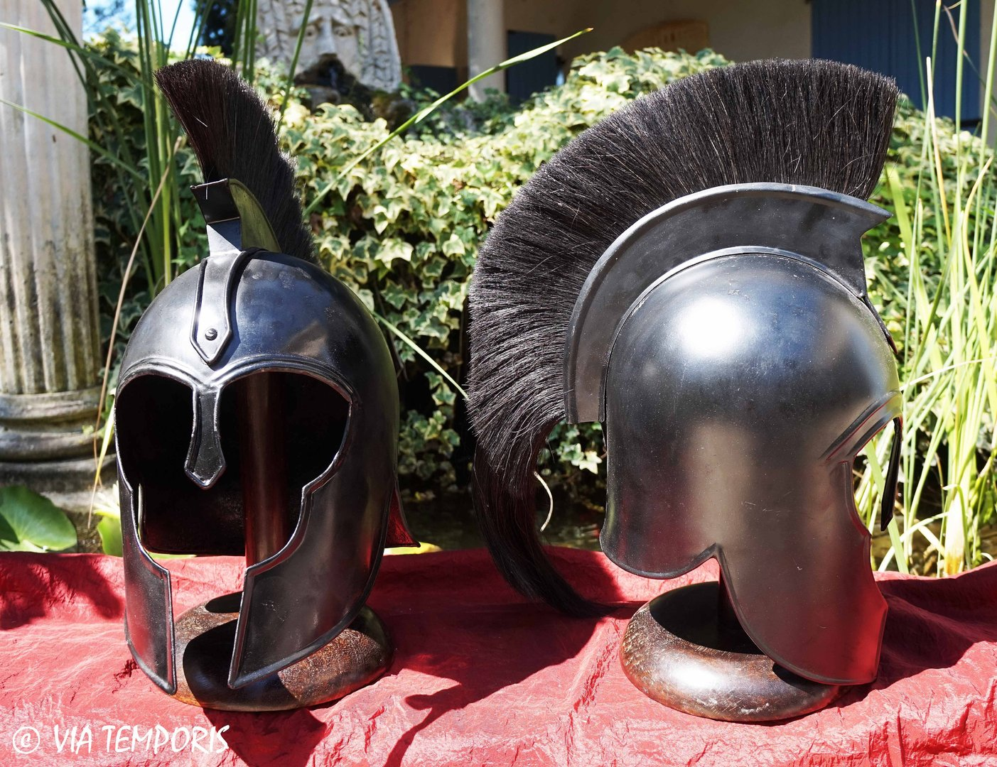 GREEK - TROJAN HELMET WITH BLACK CREST