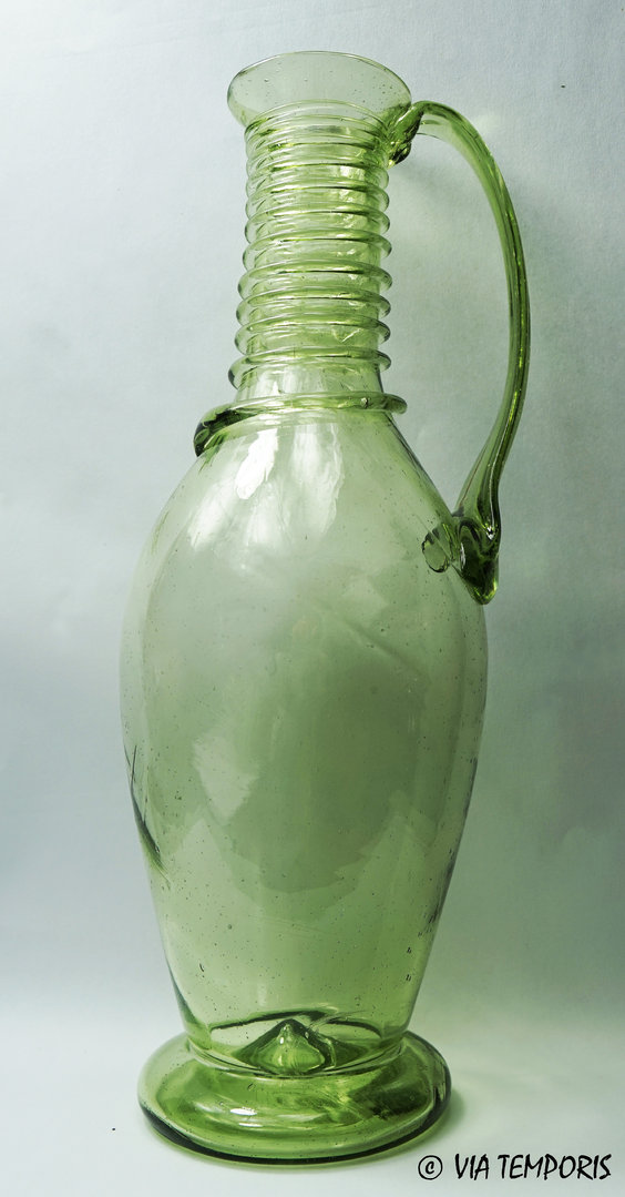GALLO-ROMAN GLASSWARE - GREAT CARAFE WITH SPIRALS