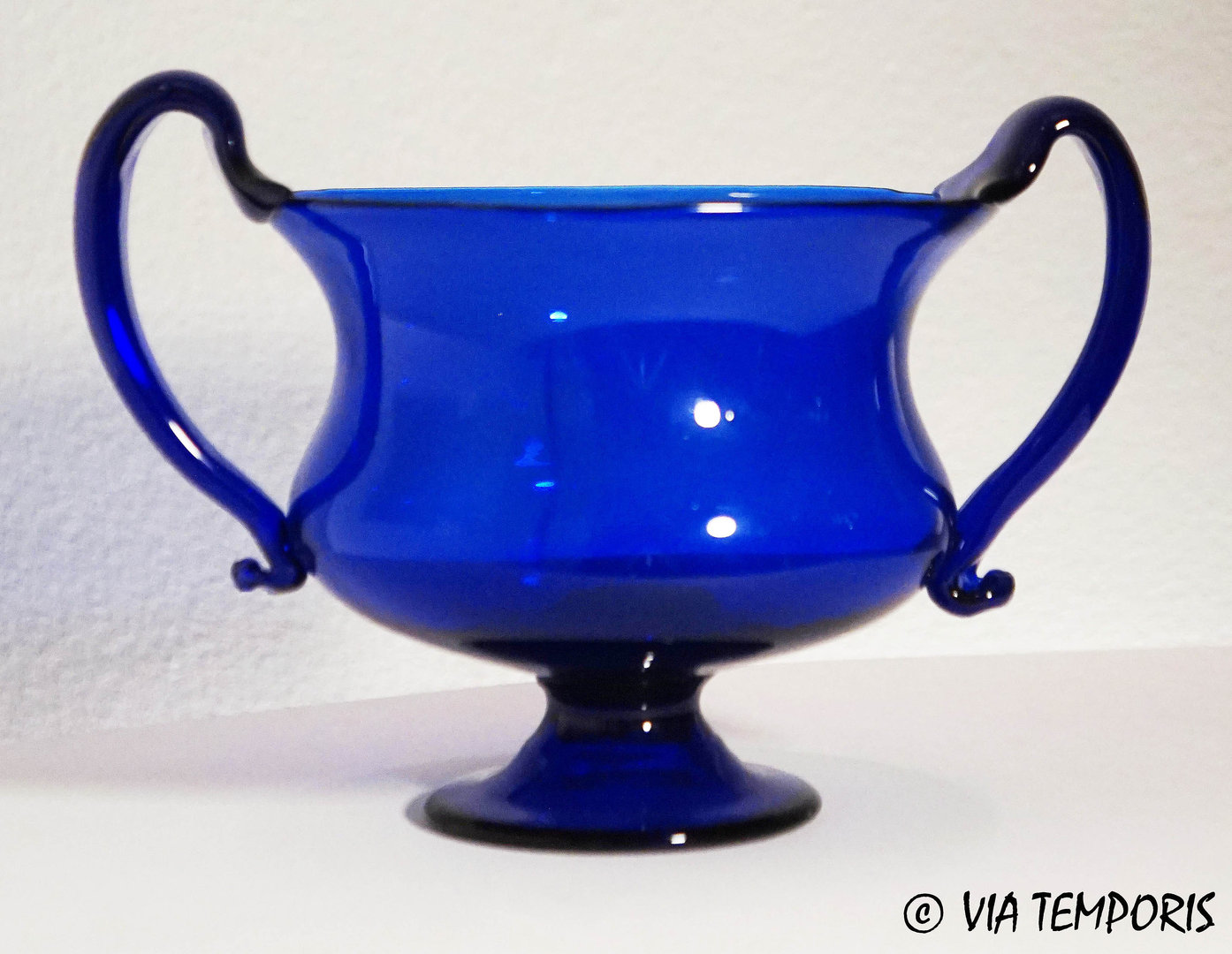 GALLO-ROMAN GLASSWARE - ROYAL BLUE KANTHAROS