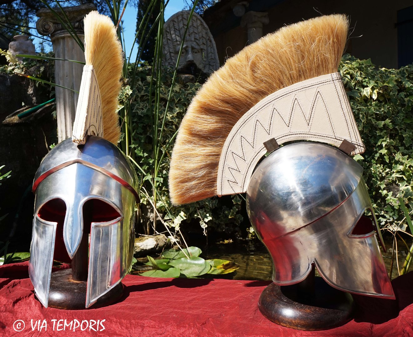 GREEK - CORINTHIAN HELMET WITH BEIGE CREST