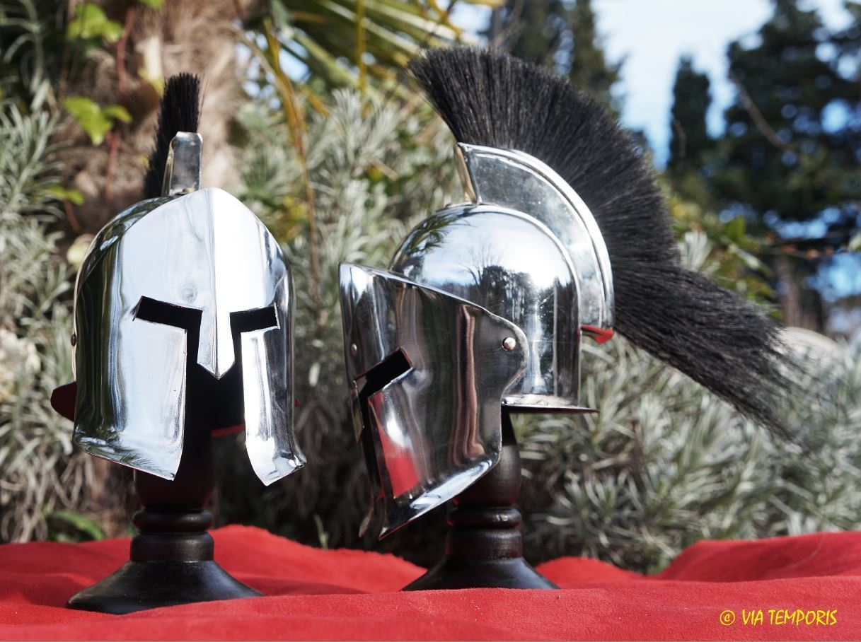 MINI HELMET OF GREEK SPARTAN MOVIE 300 WITH CREST - STEEL COLORED