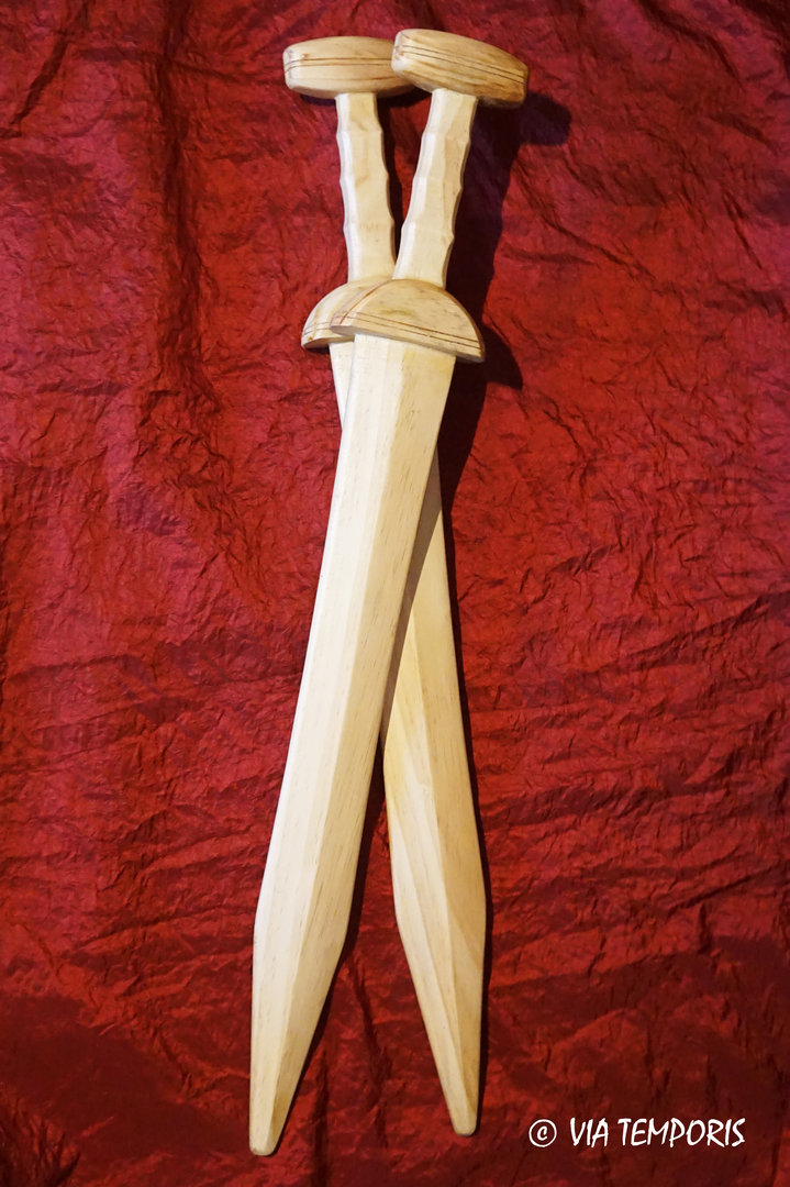 TRAINING WOODEN GLADIUS