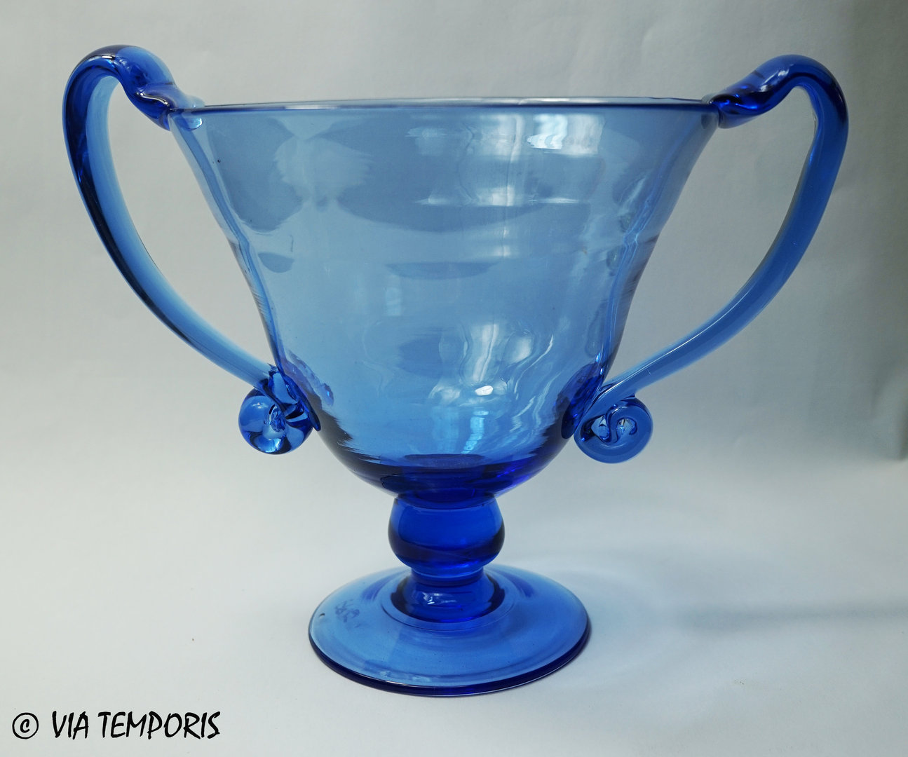 GALLO-ROMAN GLASSWARE - KANTHAROS (blue)