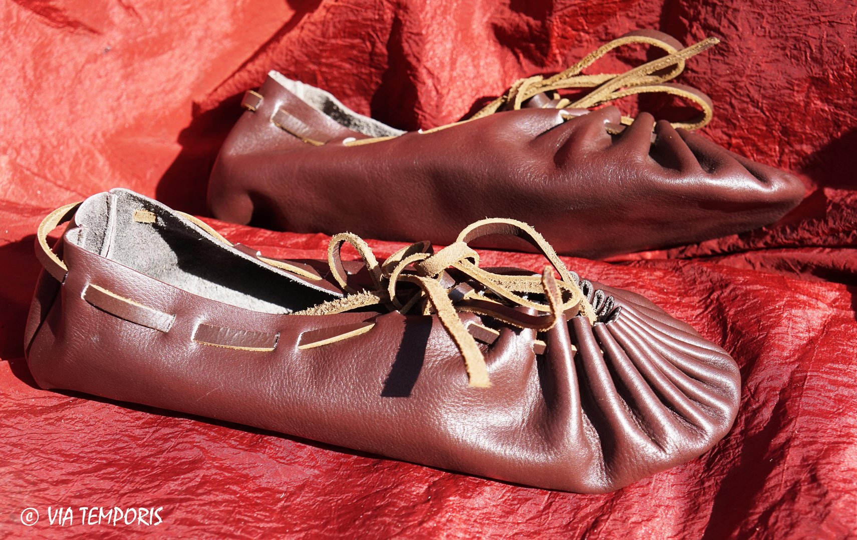 CARBATINAE SHOES IN LEATHER