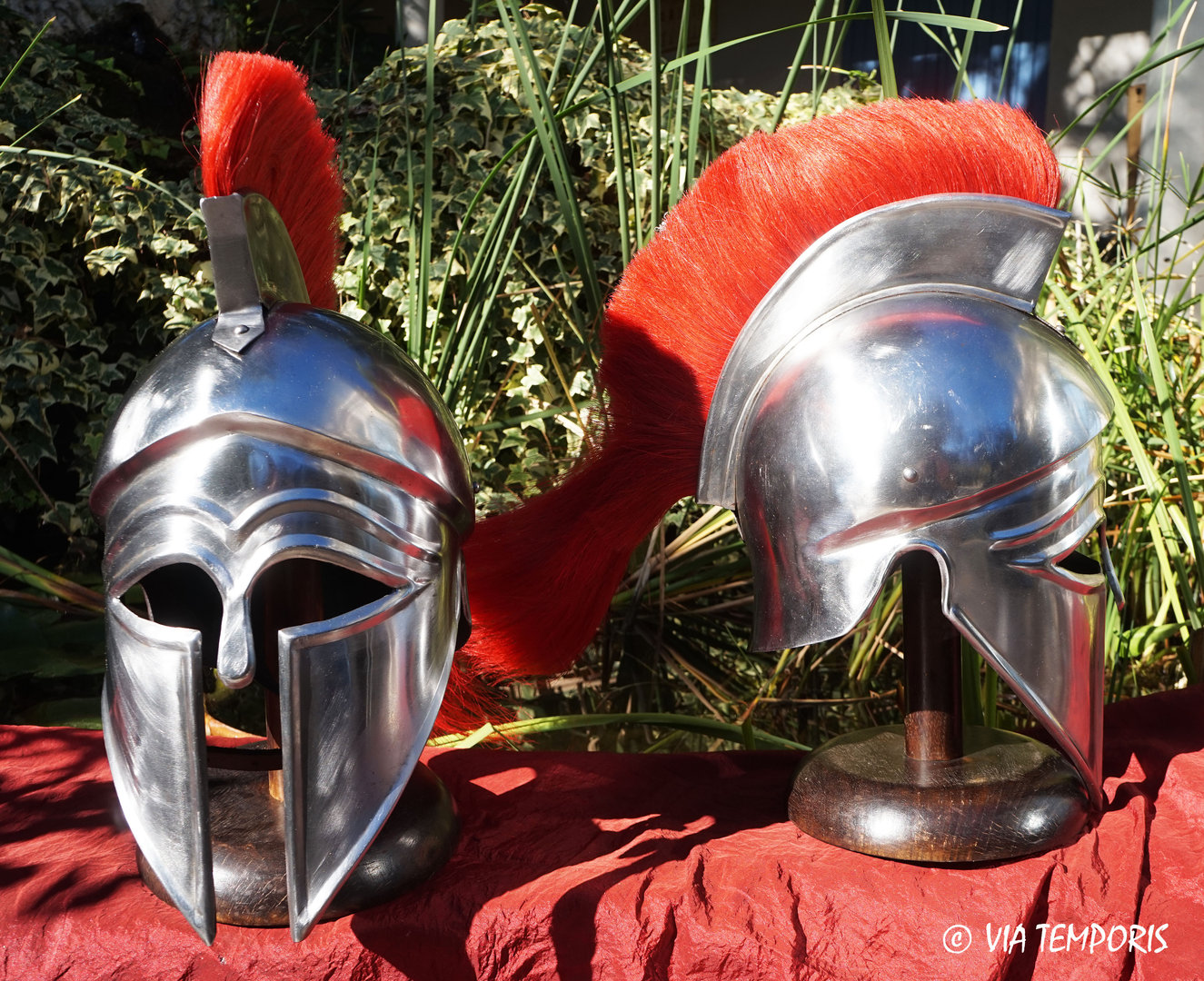 GREEK - CORINTHIAN HELMET WITH RED CREST