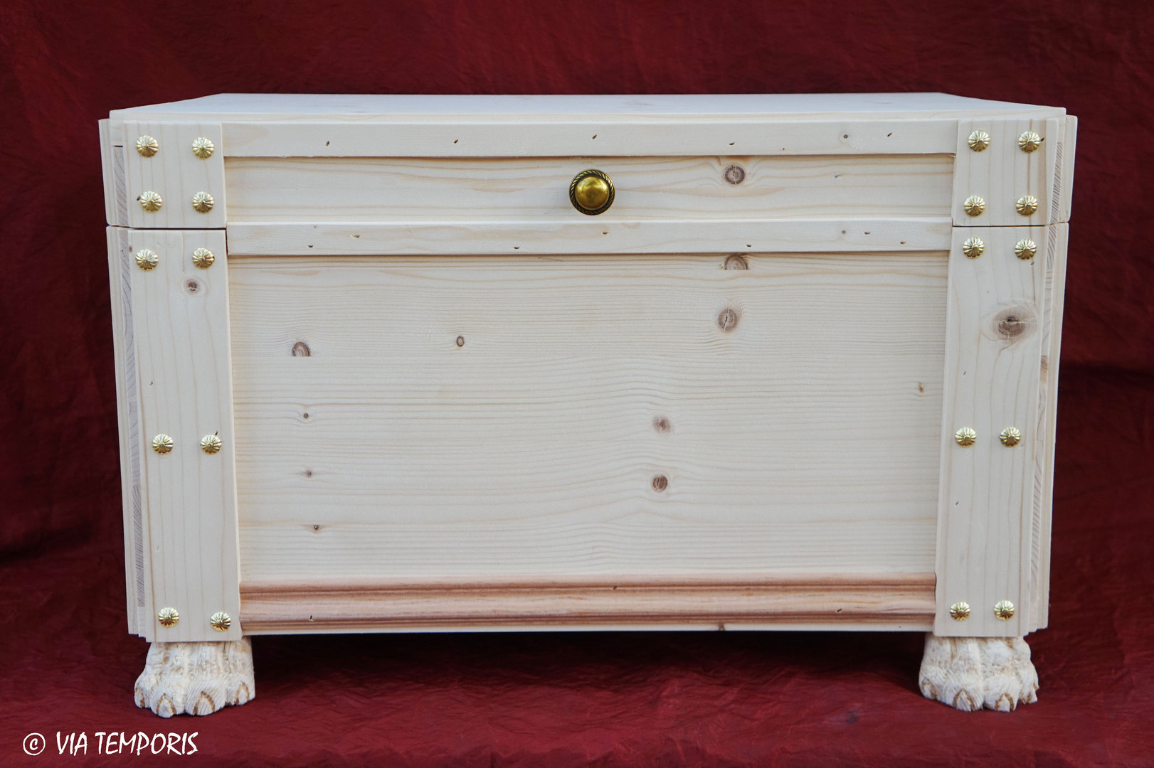 ANTIQUE FURNITURE - GREAT LUXURY CHEST
