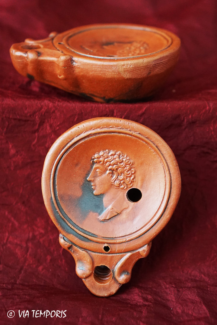 GALLO-ROMAN OIL LAMP WITH APOLLO'S HEAD
