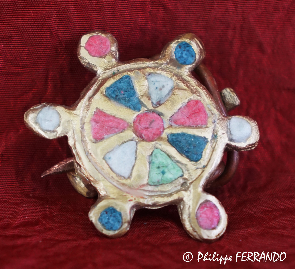 ANCIENT JEWERLY - ENAMELLED CIRCULAR FIBULA WITH 6 SATELLITES ON THE EDGES