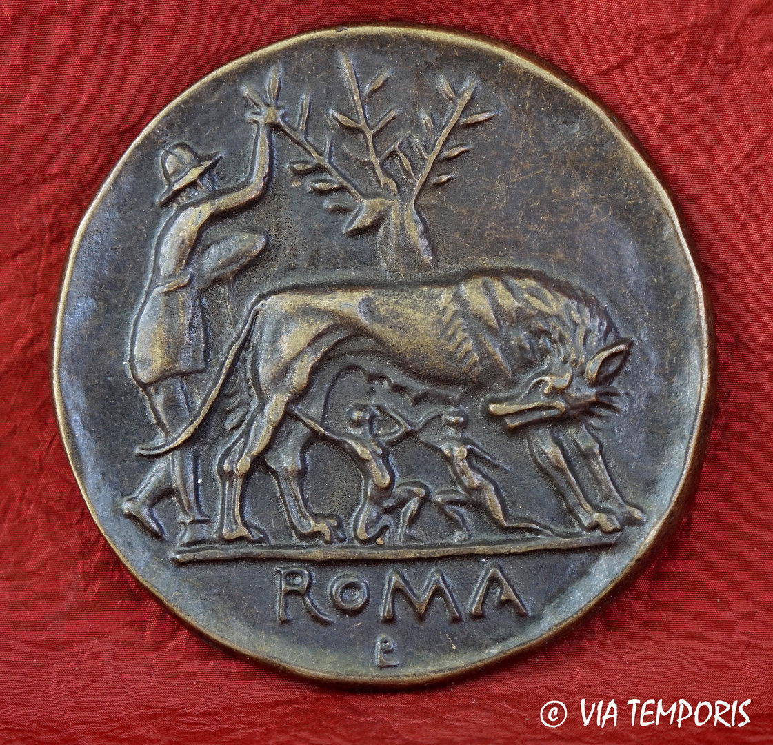 GREAT MEDAL DEPICTING REMUS AND ROMULUS WITH THE SHE WOLF