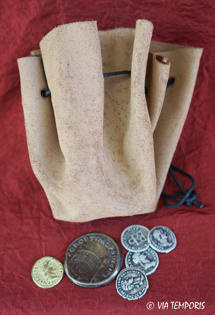 LEATHER PURSE WITH SIX ROMAN COINS - REPRODUCTIONS