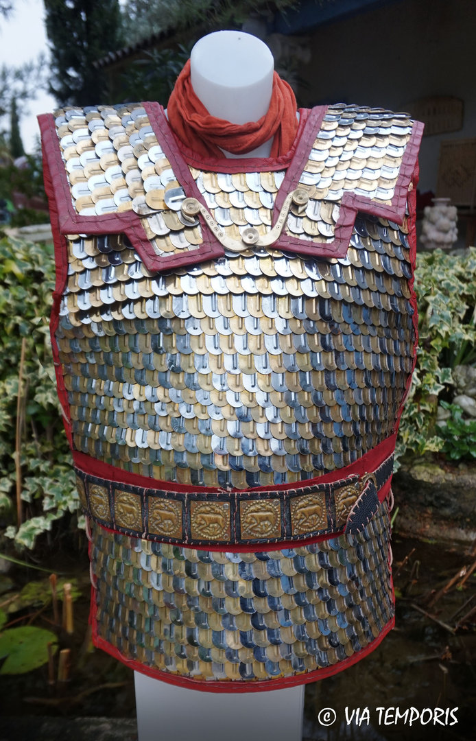 ROMAN ARMOUR - LORICA SQUAMATA WITH LARGE SCALES