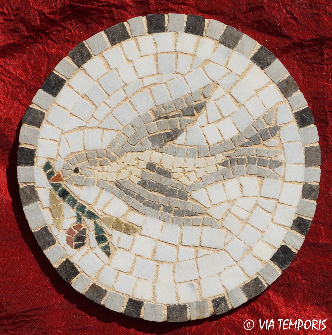 ROMAN MOSAIC - SMALL MEDALLION WITH A SWALLOW