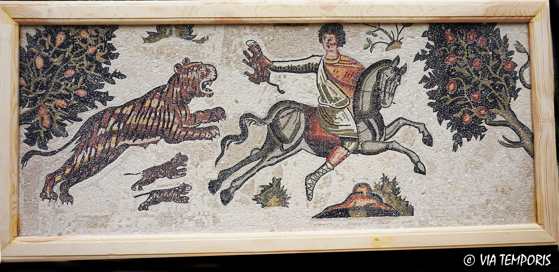 ROMAN MOSAIC - RIDER KIDNAPING A LITTLE TIGER - WORCESTER HUNT MUSEUM