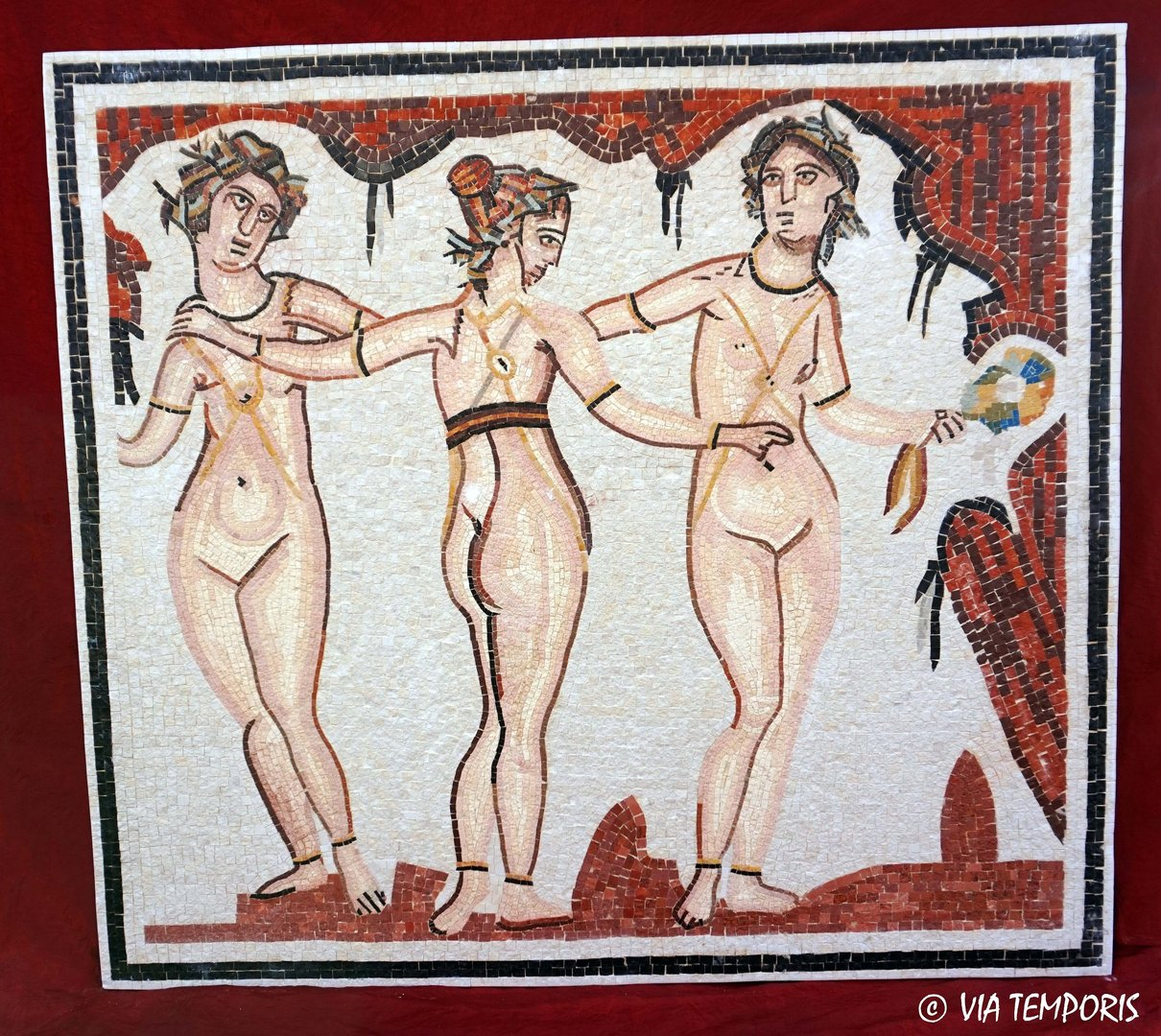ROMAN MOSAIC - MOSAIC OF THE THREE GRACES