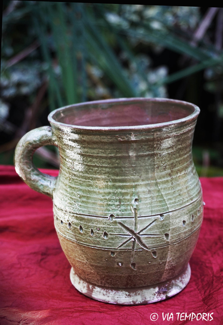 MEDIEVAL POTTERY - MUG WITH GREEN GLAZE