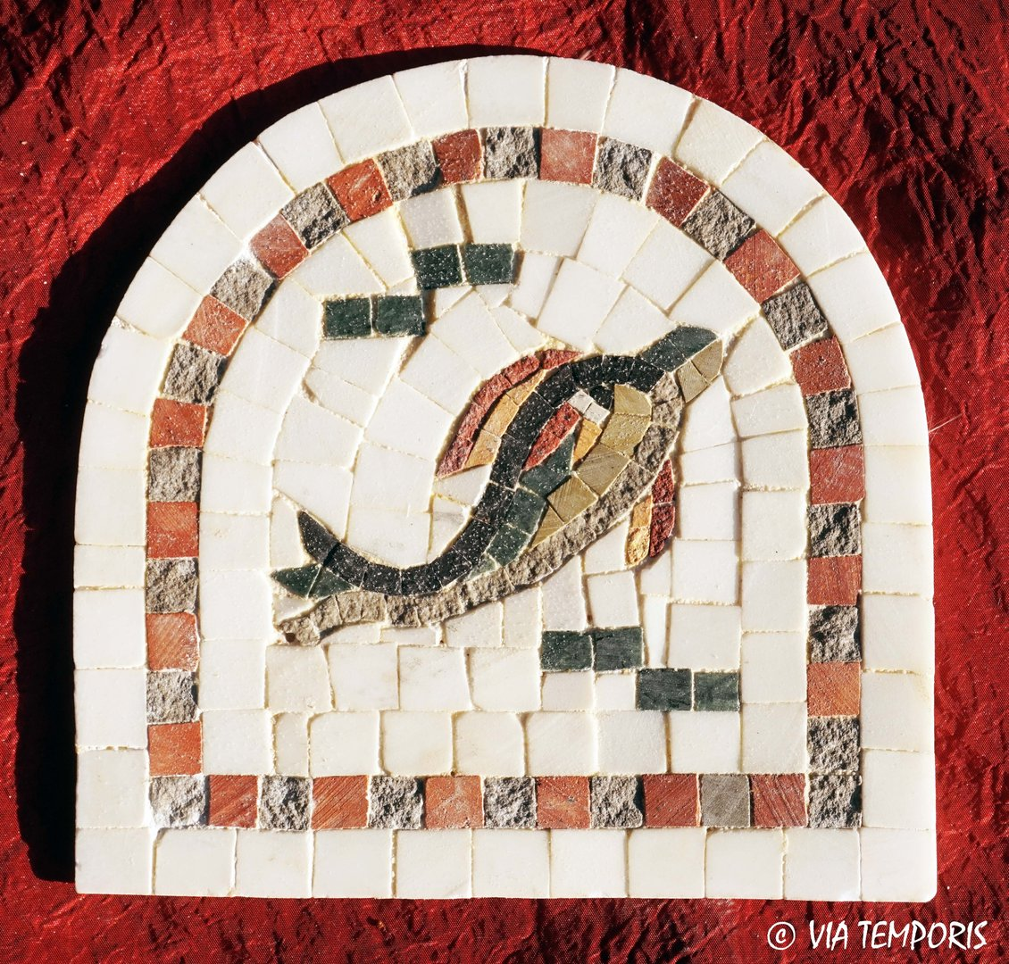 ROMAN MOSAIC - SMALL MEDALLION WITH A DOLPHIN - ARCHED FORM