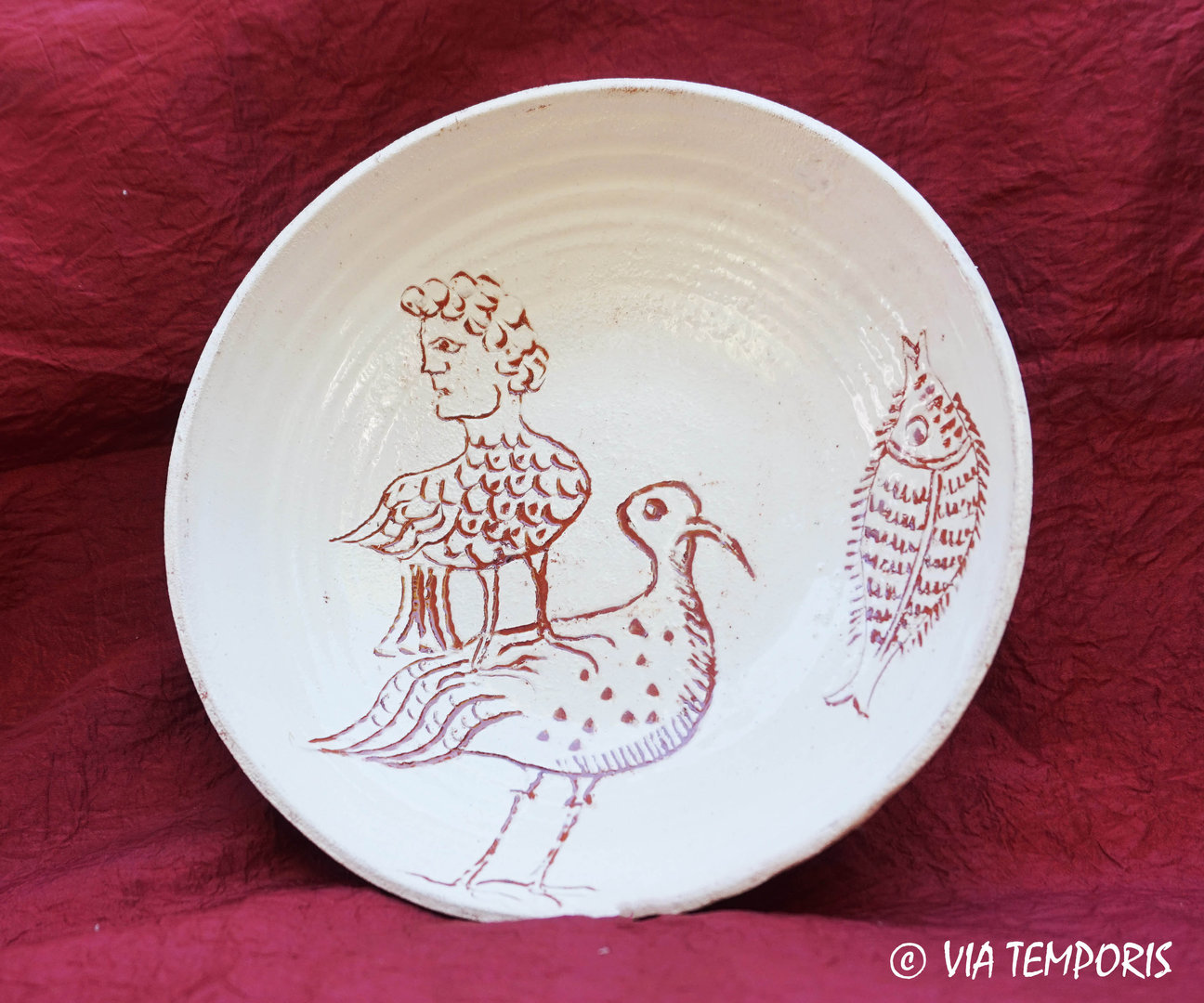 MEDIEVAL POTTERY - BYZANTINE PLATE WITH BIRD MAN